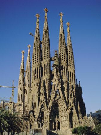 The barcelona card make the most of your barcelona trip for La sagrada familia spain