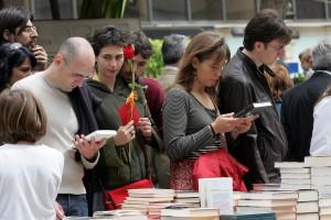 Buying Books- Barcelona Diada Sant Jordi