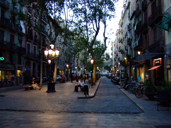 Барселона: Пасео дэль Борн