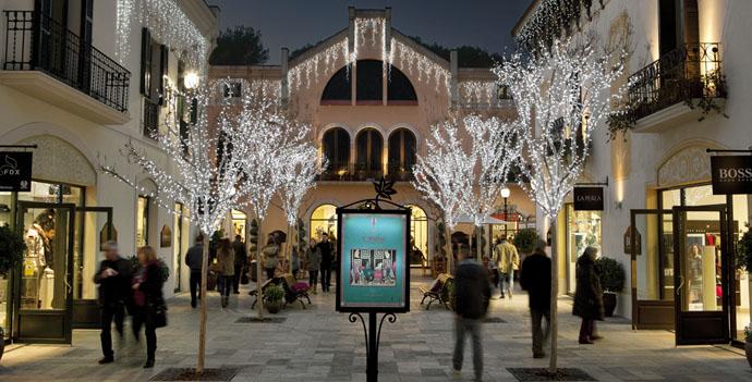 Shopping in barcelona top spots to shop in barcelona for La roca barcelona