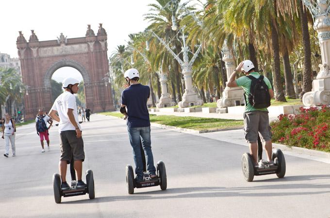Segway Tours i Barcelona  Sightseeing i Barcelona  Swedish