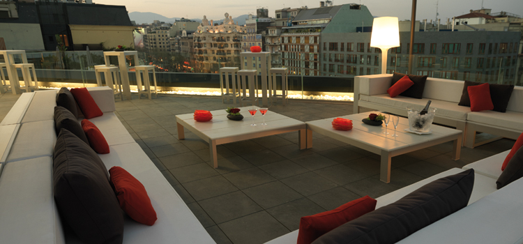 The 5 best rooftop terraces in barcelona for The terrace bar