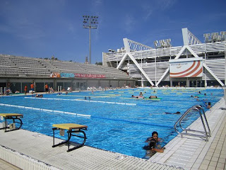 Swimming pools in barcelona for Piscina montjuic barcelona