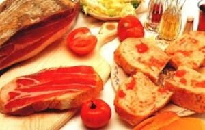 Bread, tomato and chorizo, Catalan Cuisine, Barcelona